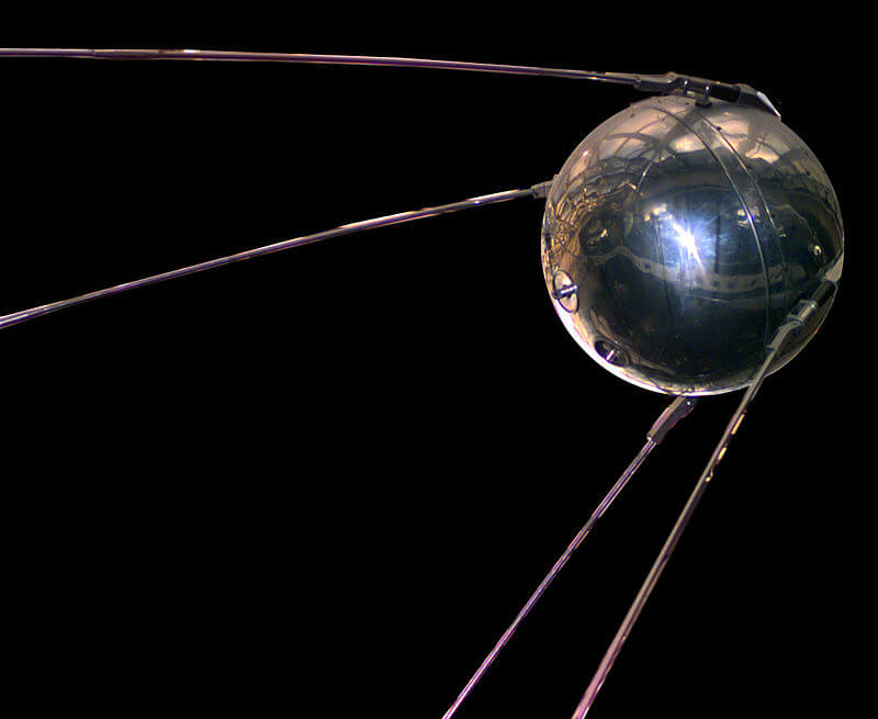 Satellites(Sputnik 1)