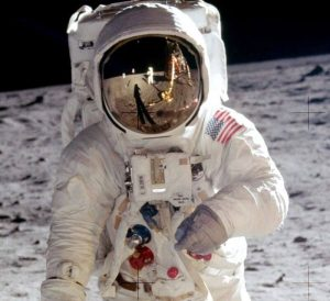 All About Astronaut Fashion – Space Suits